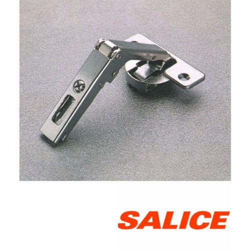 Bisagras SALICE Ø30mm apertura de 94º para doble puerta de ángulo