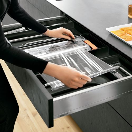 Cortador Ambialine de film transparente + papel aluminio para cajones Blum Legrabox