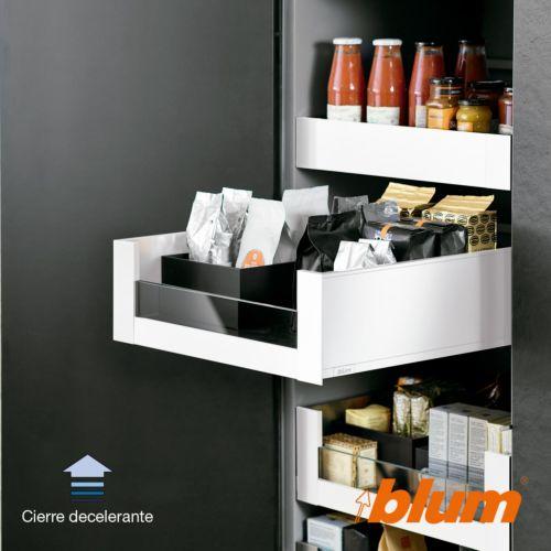 Cajón interior perfil C con cristal Blum Legrabox Pure