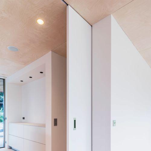 PROSLIDE - Guía invisible integrada para puertas correderas hasta 100 Kg.