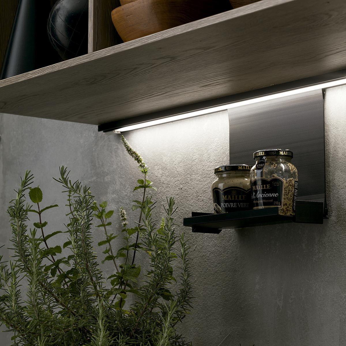 EASY LED - Kit perfil LED con utensilios colgantes