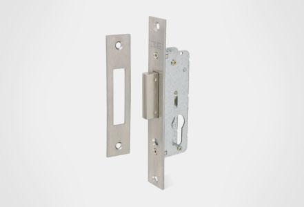 Cerraduras embutidas solo llave