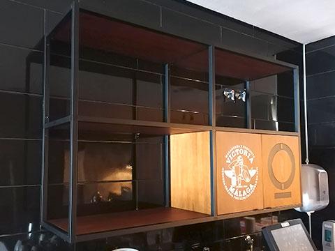 Creación estante de madera con perfilería Taki