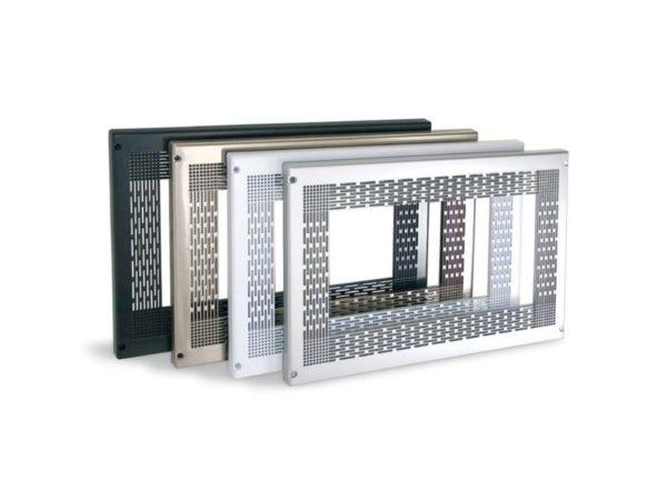 Herrajes para poder colocar un microondas en la cocina