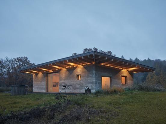 LO House, casa en la naturaleza